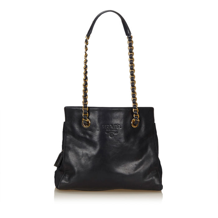Prada - Leather Chain Shoulder Bag - Catawiki 555337bd86dcc