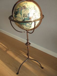 Constellations sphere in a beautiful iron standard.