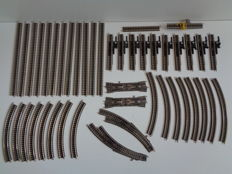 Fleischmann - N - 9100/01/08/14/20/25/74/75/84/85 - 44 piece package with rails, points and uncoupling rails