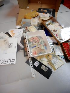 World - Batch of loose album sheets, boxes and bags