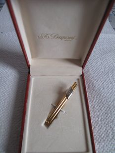 Very Beautiful S.T. Dupont Tie Clip in its Original Box (Signed)