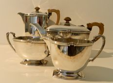 The Goldsmiths & Silversmiths Company – Four-piece Art Deco tea set – Silver plate