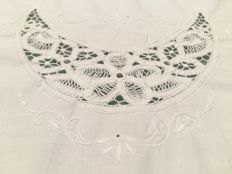 Florence Large pure cotton tablecloth with embroidery and real crochet inlays Handmade. Diameter 160