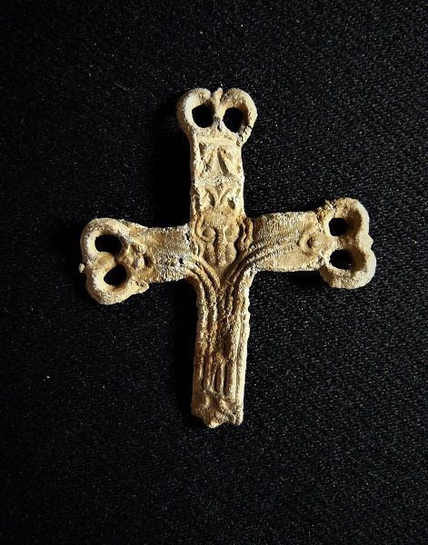 Medieval pilgrims insignia Jesus in long gown on the cross - 32x28 mm