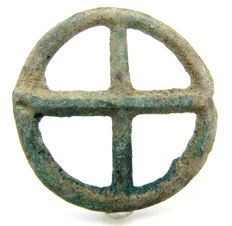 """Ancient Roman bronze open work pendant shaped as wheel - """"the Wheel of Fortune"""" - 51mm"""
