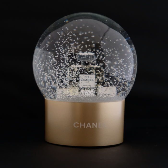 Chanel snowball glass catawiki