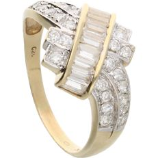 14 kt - Yellow gold ring set with baguette cut and round cut zirconias - Ring size: 20.75 mm