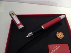 Ferrari Limited Edition fountain pen, World Champions with pin. In box