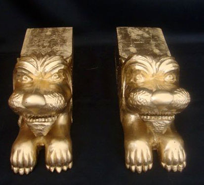 Lion Sculptures - Wood carved from a single block of wood, early 20th century