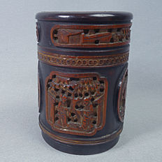 Rare Bitong or Tea caddy, bamboo, very finely carved - China - 19th century