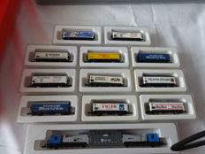 Marklin Z - 8602/8620 - 12-piece freight carriage - collection with transformer car of the DB