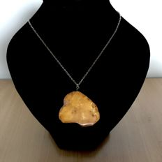 Vintage Natural Baltic Amber pendant amulet not pressed not heated