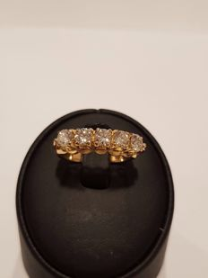 22 kt Gold Ring with Brilliant 0.85 c t *****NO RESERVE PRICE****