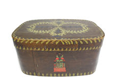 Folk art - polychrome painted softwood oval provision box - Norway - Late 19th century