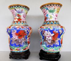 "Two multicolored ""mille fleur"" cloisonne vases on wooden bases - China - late 20th century"