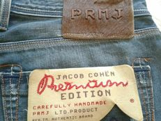 JACOB COHEN PREMIUM NEW JEANS ***No Reserve***