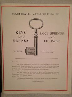 Keys; Lot with 2 catalogues about keys and locks - c. 1930 / 1950
