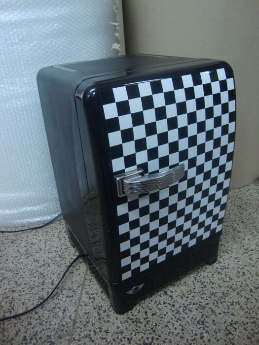 Mini Cooper Mini Fridge - Fully Working - Only Available to Mini-Cooper Buyers - Collection Item