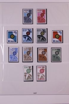Europa Stamps 1967/1976 - Complete collection in Lindner Falzlos T-type preprint album