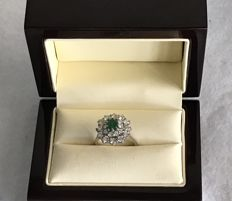 18 kt gold ring, with 0.75 ct emerald and 1.80 ct diamonds