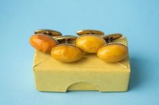 Vintage Baltic Amber 2 pair of cuff links gold plated old egg yolk butterscotch with original vintage box
