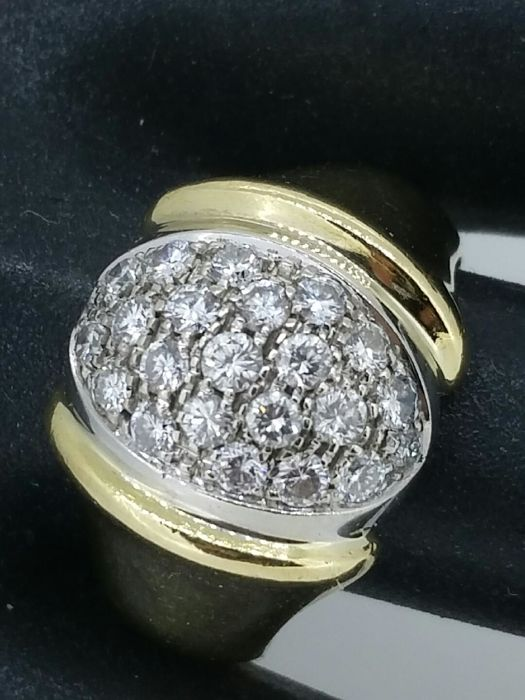 Ring in 18 kt gold diamonds 0.60 ct - ring size 57