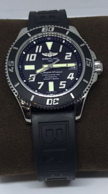 Breitling - Superocean - A1736402|BA28 - Men - December 2016