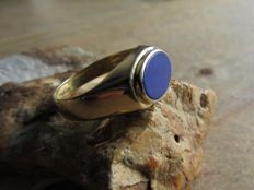 Handmade Gold ring (4 grams.) with Lapis Lazuli (Approx. 0.43 ct) Size: 16.5. NO RESERVE PRICE!