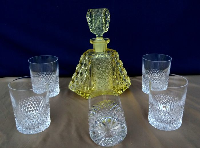 Lot of 6 cut and chiselled Baccarat crystal items - France - ca. 1880