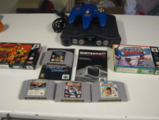 Nintendo 64 + controller including 6 good games. Like: Snowboard kids + F1 + F2 + Perfect dark(+ booklet) and more