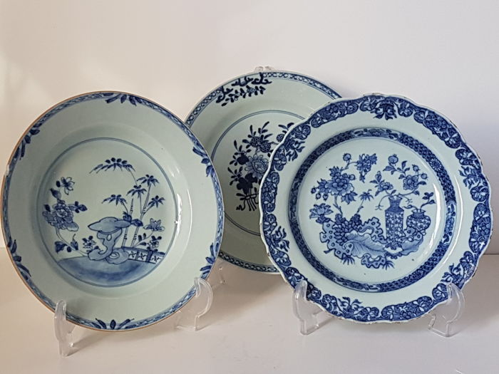 Three porcelain blue and white decorative plates - China - 18th century & Three porcelain blue and white decorative plates - China - 18th ...