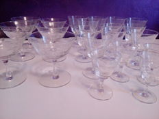 21 glasses in fine etched crystal