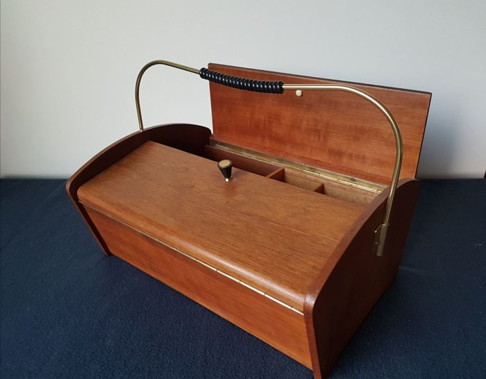 1950s sewing box with content