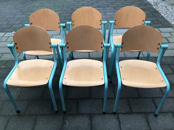 6 vintage school chairs