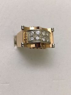 Art Deco Tank ring in 18 kt gold  and diamonds for 0.40 ct