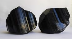 Lot with bi-terminated rough black tourmaline - 728g (2)