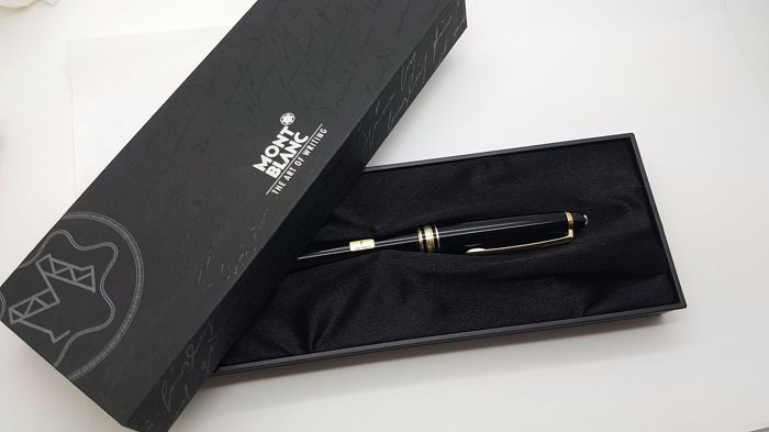 MONTBLANC MEISTERSTUCK 146 FOUNTAIN PEN