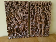 Wooden panels with carving - Indonesia - 2nd half 20th century