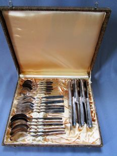 SGS - unusual design - cutlery - 6 people - 24 pieces - silver plating