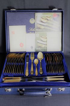 Luxurious 69-piece quality cutlery set from the SBS Company, Solingen - 23/24 karat hard gold plated in a leather case