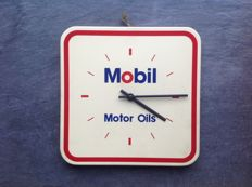 Garage clock Mobil Motor Oils - ca 1960/70