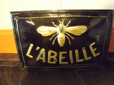 L' ABELLE, French assurance Company Signal.