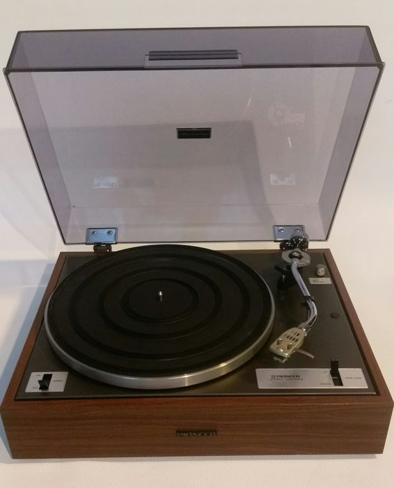 Pioneer PL-10 record player In near mint condition - Catawiki 318aea097f62