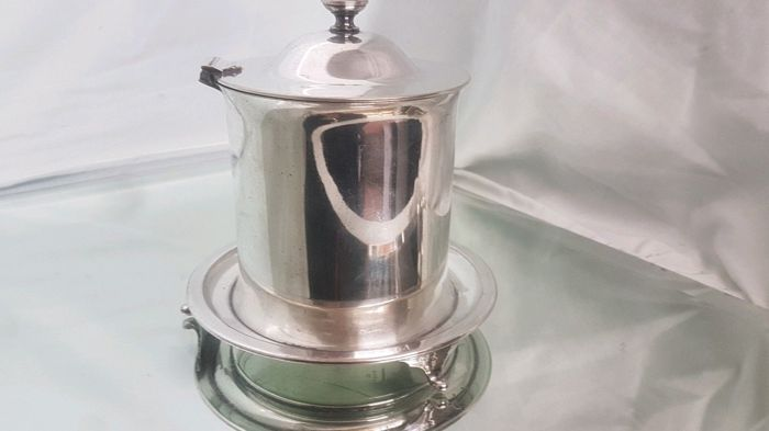 Silver plated tea caddie/biscuit box with decoration, by Atkins Brothers of Sheffield