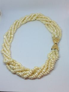 Necklace with five strands of freshwater baroque pearls (approx. 6 x 3 mm)