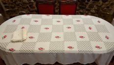 Rectangular tablecloth for 6/8 people made by hand with embroidery and frayed - 12 napkins - 220 x 148 cm