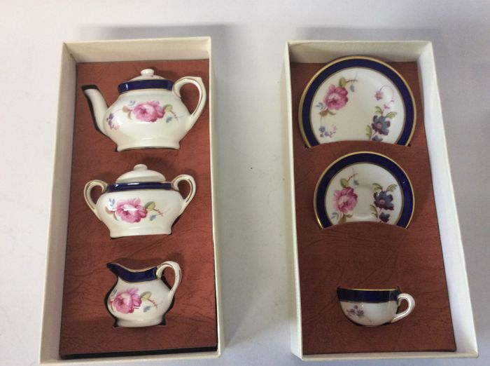 Coalport, two sets of miniatures, Titania Series