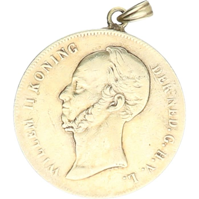 945/1000 Silver pendant in the shape of a coin of 2.5 guilder of Willem II from 1848. - diameter: 3.7 grams