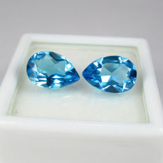 Blue Topaz Pair - 4.20 Ct  total -  No reserve