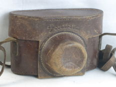 Ihagee Kine Exakta leather camera case, circa 1938, in used condition.